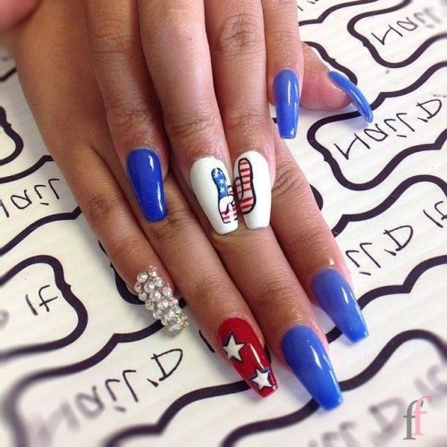 25+ Easy Nail Art Ideas for 4th of July 2018 ⋆ ffemale.com