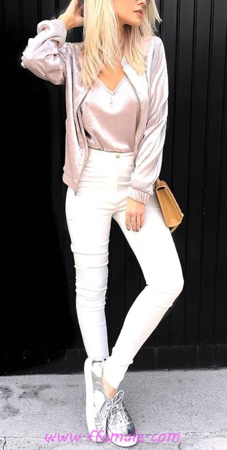 Comfortable and simple look - lifestyle, street, getthelook, elegance