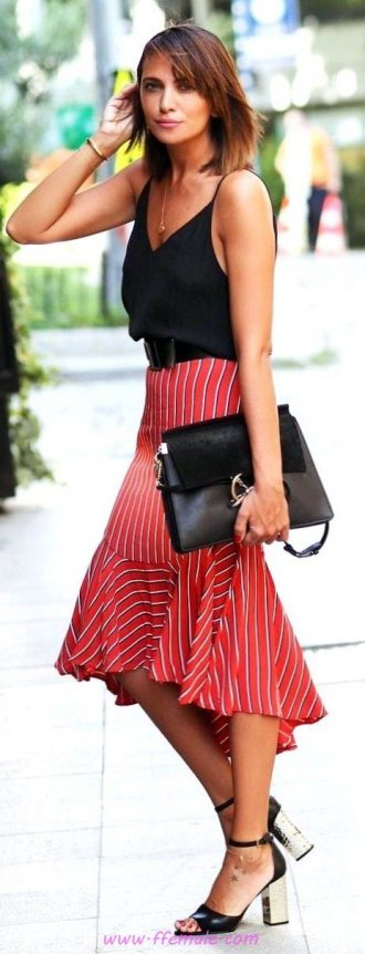 Finest - beautiful and relaxed wardrobe - model, woman, attractive, black, red, handbag