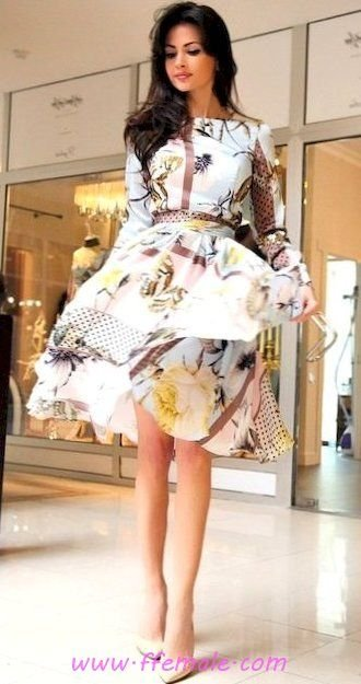 My adorable and wonderful outfit idea - floral, sundress, pumps, white