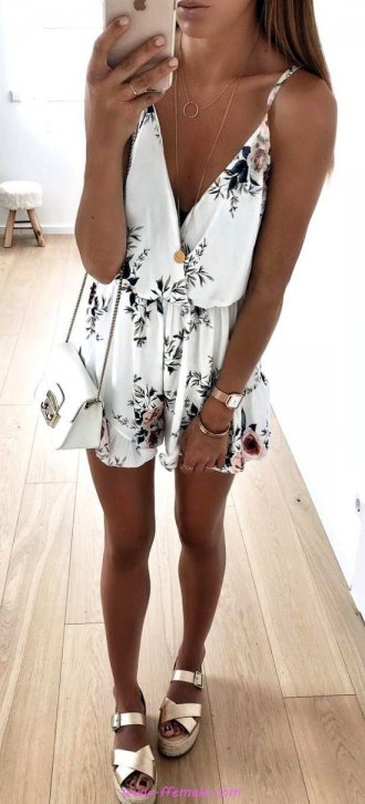 My fashionable and simple inspiration idea - vneck, floral, sundress, photoshoot, lifestyle, stylish, elegance