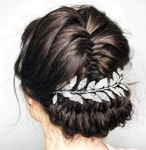 Romantic Bridal Hairstyle - coolbride, picoftheday, weddingstyle, bridalhairaccessories
