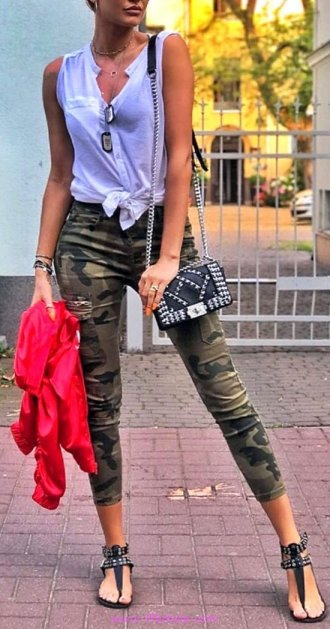 Top awesome and shiny look - fashion, tanktop, vneck, leggins
