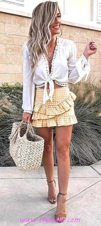 Top comfortable and wonderful wardrobe - mini, girl, attractive, lifestyle, happy, shopping, white, handbag