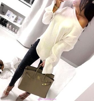 Top elegant and relaxed look - fashion,