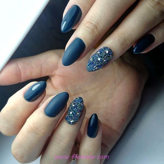 Beautiful And Perfect Acrylic Manicure Art Ideas - getnails, dainty, art, nails, sexy