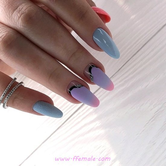 Charming Simple Acrylic Nail Ideas - plush, beauty, nailart, clever