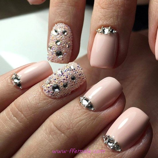 Feminine Manicure Design - cool, nails, nailpolish