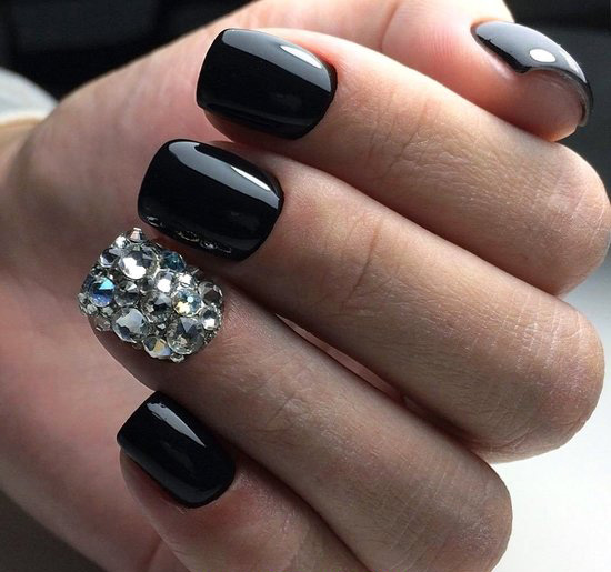 Graceful & Colorful Nails Design - attractive, neat, naildesigns, nail