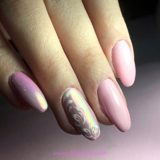 Graceful Fantastic Gel Nail Ideas - simple, nails, graceful, attractive