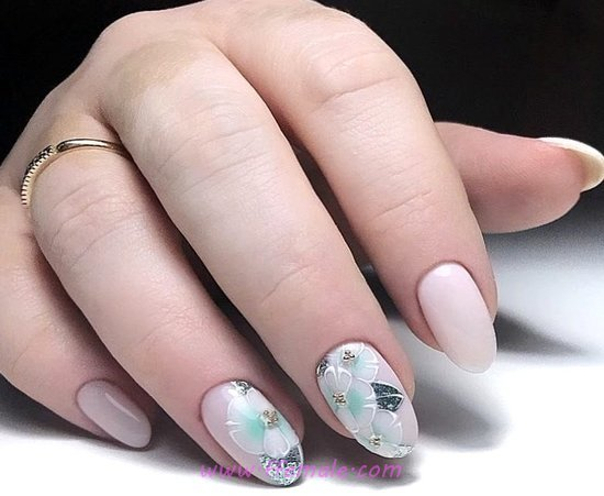Neat & Chic Acrylic Nails - top, artful, nailart, classic