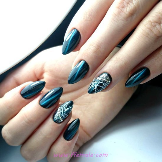 Top & Casual Acrylic Manicure - dreamy, nailart, naildesigns, style